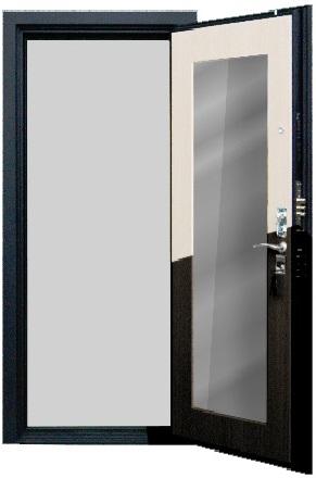 Большое зеркало на входной двери Гарда С5