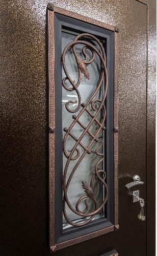 Ажурная решетка на входной двери Гранит Коттедж