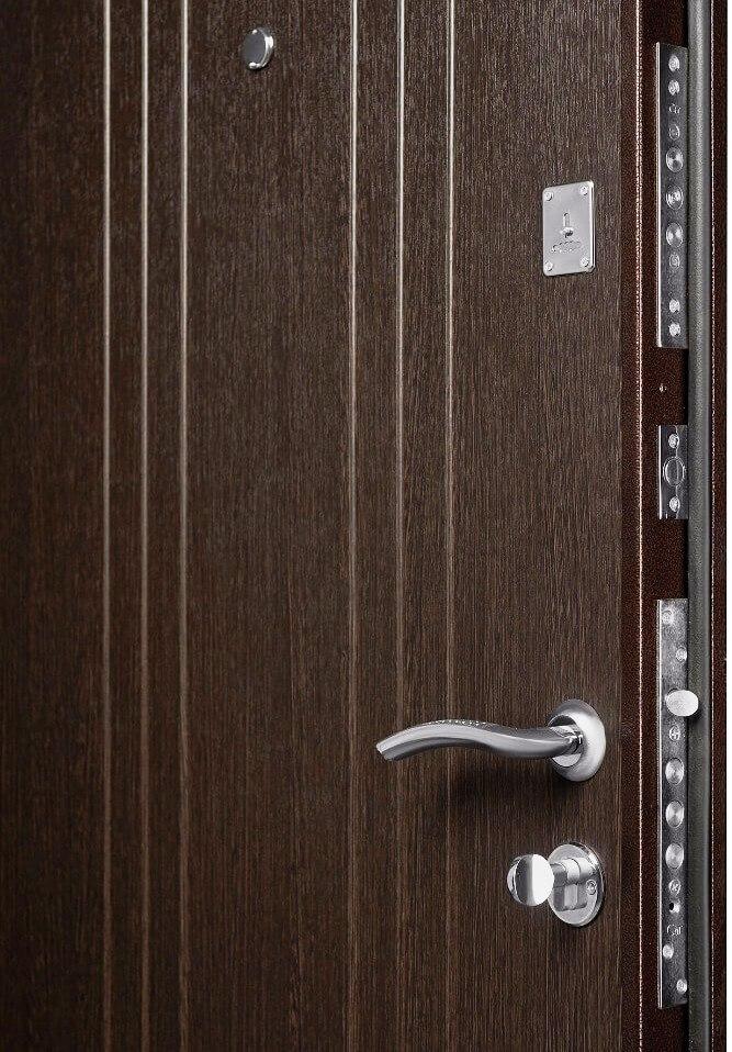Внутренняя отделка МДФ венге на входной двери Гранит М2 люкс